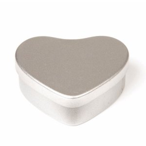 Silver Heart Candle Tin - 20ml 10/50 Tins
